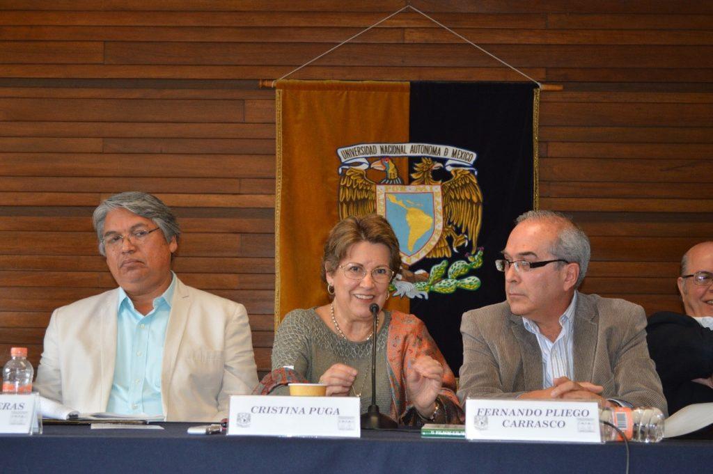 Foto: Dr. Oscar Contreras, Dra. Christina Puga y Doctor Fernando Pliego