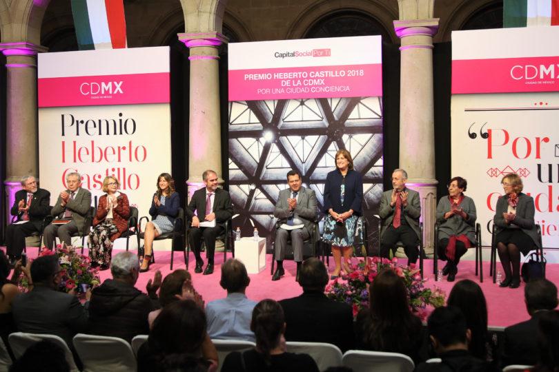 Alicia Ziccardi recibió el Premio Heberto Castillo 2018