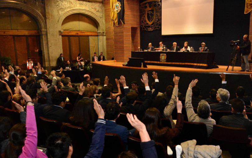 Nombra a Jorge Cadena Roa miembro de la Junta de Gobierno UNAM